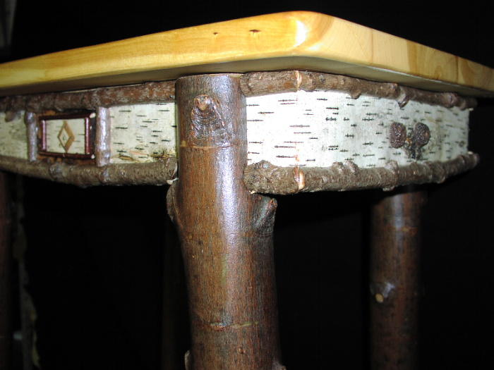Fine Log Furniture   Table With Birch Legs And Ginko Top
